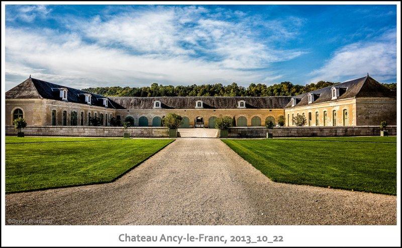 444_Chateau_Ancy-le-Franc2013_10-Edit.jpg