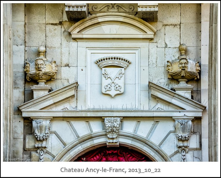 448_Chateau_Ancy-le-Franc2013_10-Edit.jpg