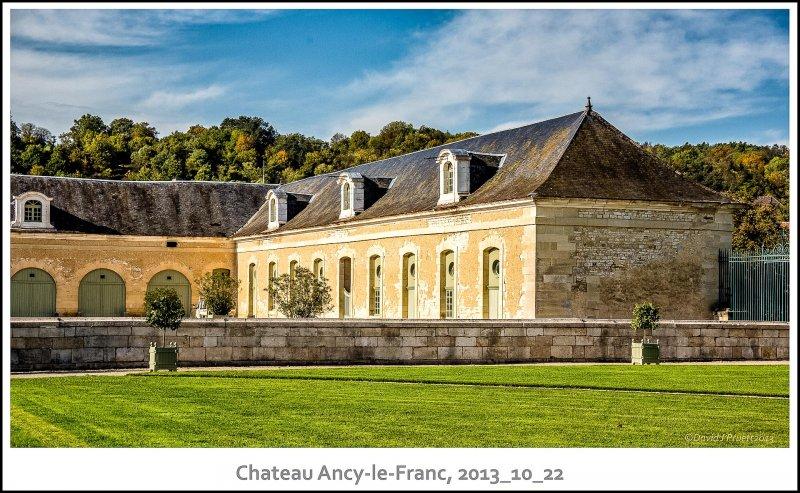 443_Chateau_Ancy-le-Franc2013_10-Edit.jpg