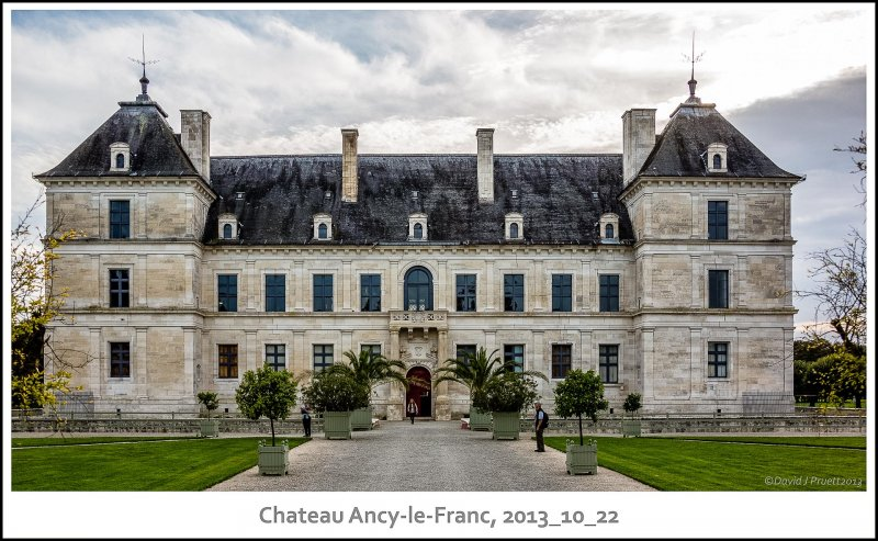 464_Chateau_Ancy-le-Franc2013_10-Edit.jpg