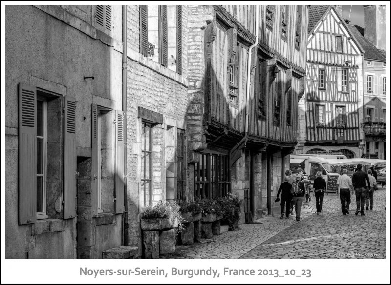 692_Noyers-sur-Serein2013_10-Edit.jpg