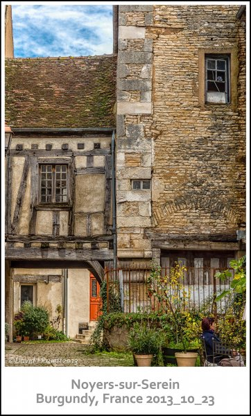 760_Noyers-sur-Serein2013_10-Edit.jpg