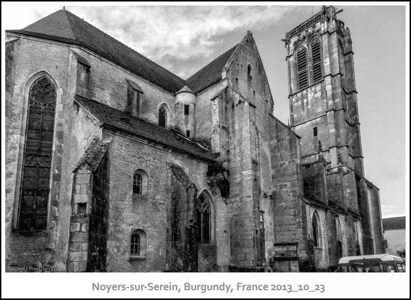 761_Noyers-sur-Serein2013_10-Edit.jpg