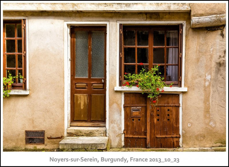 769_Noyers-sur-Serein2013_10-Edit.jpg