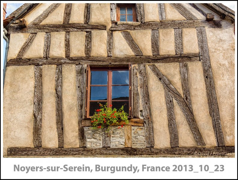 770_Noyers-sur-Serein2013_10-Edit.jpg