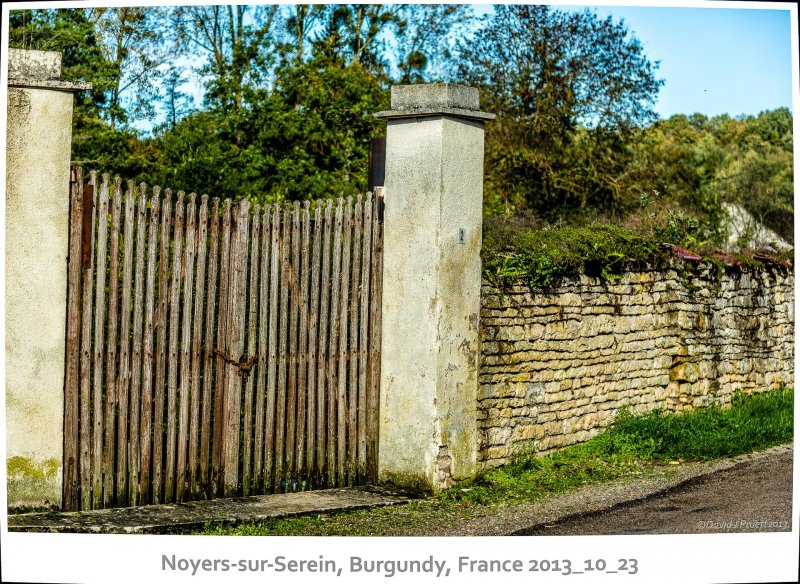 780_Noyers-sur-Serein2013_10-Edit.jpg