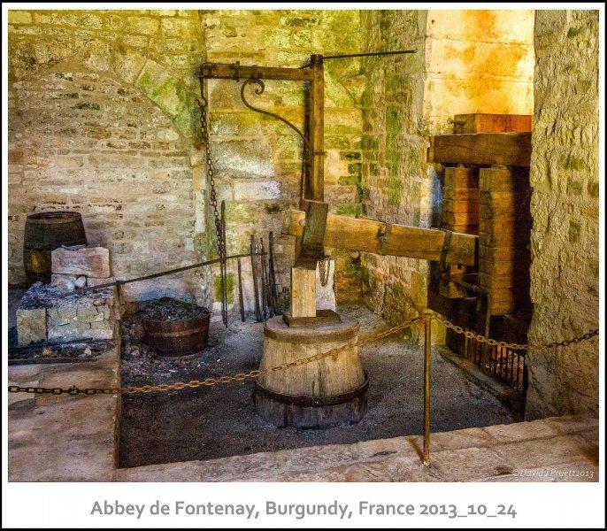 1062_Abbey_de_Fontenay2013_10-Edit.jpg