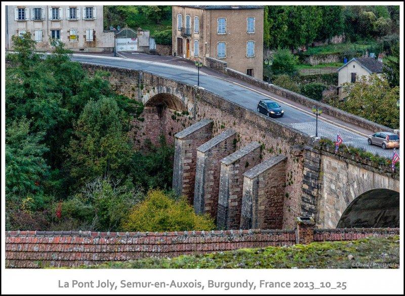 1389_Semur-en-Auxois2013_10-Edit.jpg